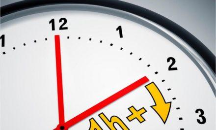 Sat je pomaknut naprijed